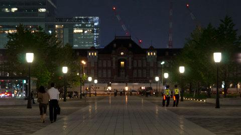行幸通りから望む東京駅