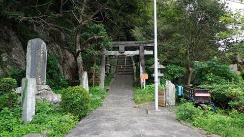 淡島神社への道