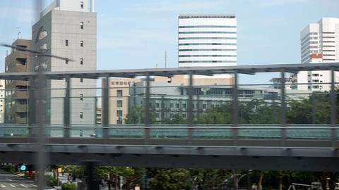 新幹線の車窓から見えた都産貿